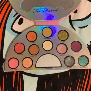 Too Faced Makeup - Too Faced life's a festival pallet